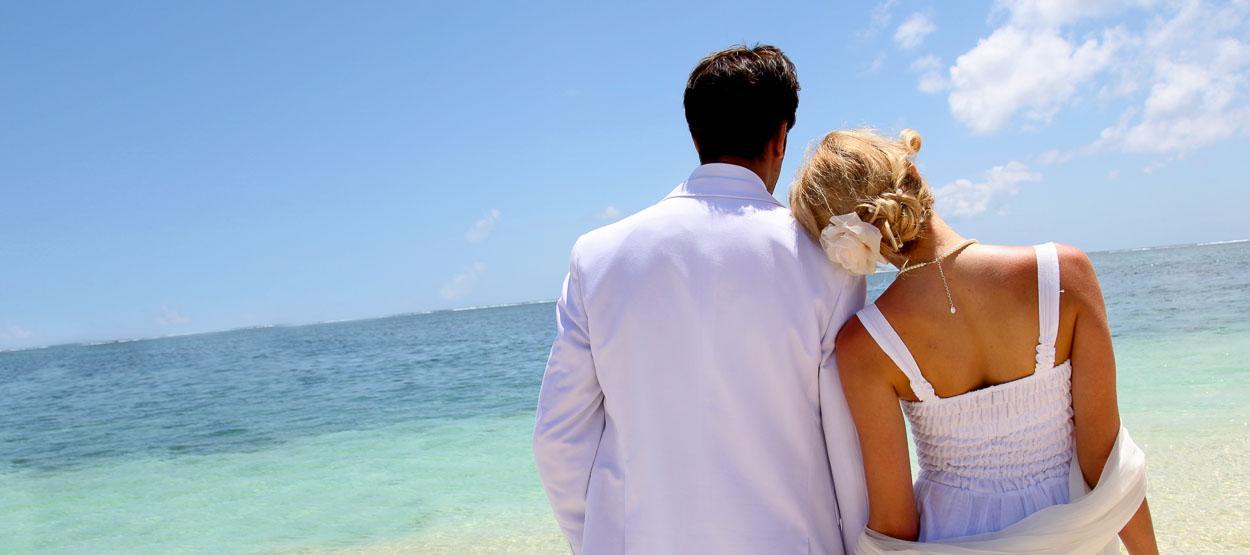 jumeirah-dhevanafushi-wedding-packages-hero